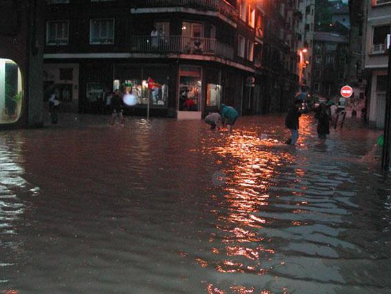 inundaciones eni BIS.jpg
