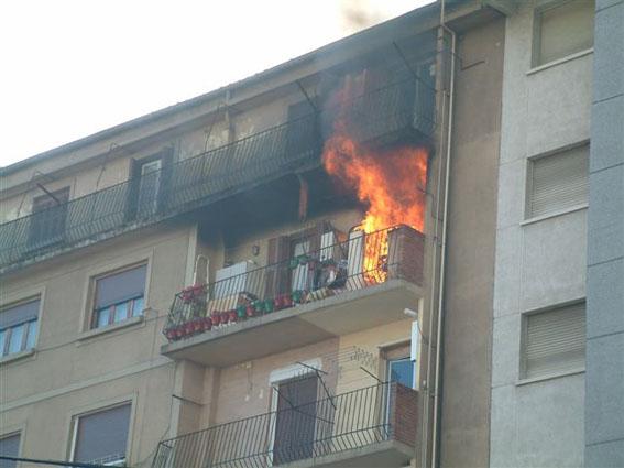 incendio en Eskalantegi 1 BIS.jpg