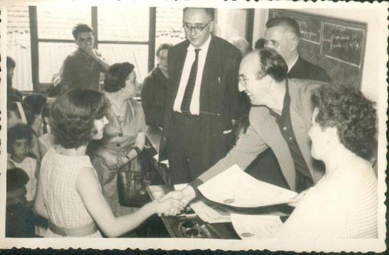 Luis Romero, teniente de alcalde,en la entrega de diplomas BIS.jpg